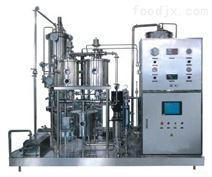 厂家供应碳酸饮料灌装设备/等压灌装机/可乐饮料灌装机