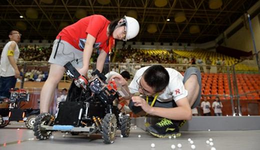 机器换人将成制造业大势   创新大赛引七千余名青年角逐