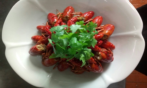 小龍蝦重金屬超標能不能吃 檢測標準助力食品安全