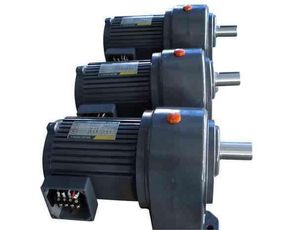 5kw三相齿轮减速电机-盾