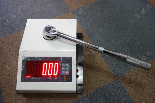 非标定制扭矩扳手检定仪图片